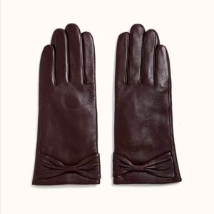 Real Leather Gloves w/ Bows. Medium. Red Wine.